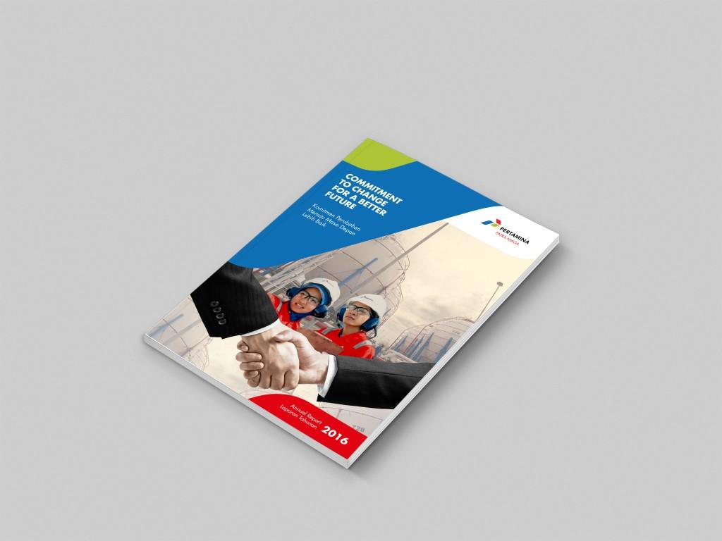 jasa pembuatan desain annual report perusahaan pertamina sampul depan-5