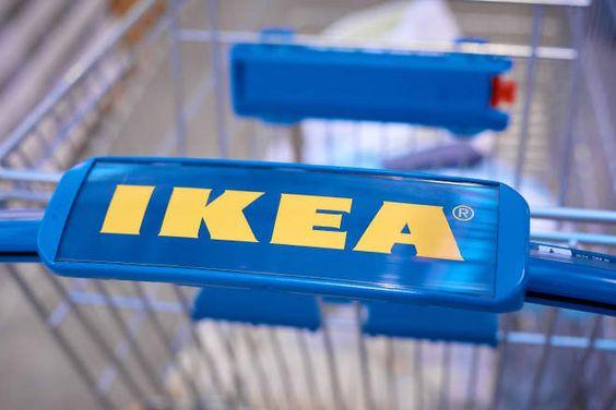 Desain logo perusahaan Ikea