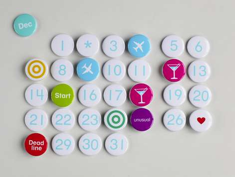 desain kalender 2020 berbentuk magnet kulkas